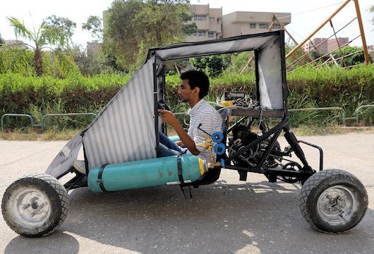 Compressed Air Car >> Students Invent A Car That Runs On Compressed Air
