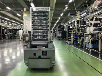 Japan factories robits AI