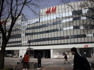 H&M Xinjiang protest