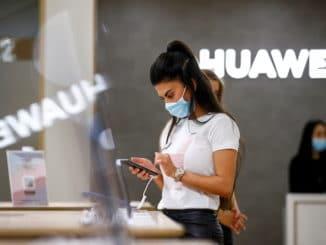 smartphpne 'throne' Huawei