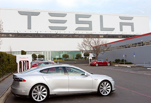 India considering slashing import duties on electric cars after Tesla appeal
